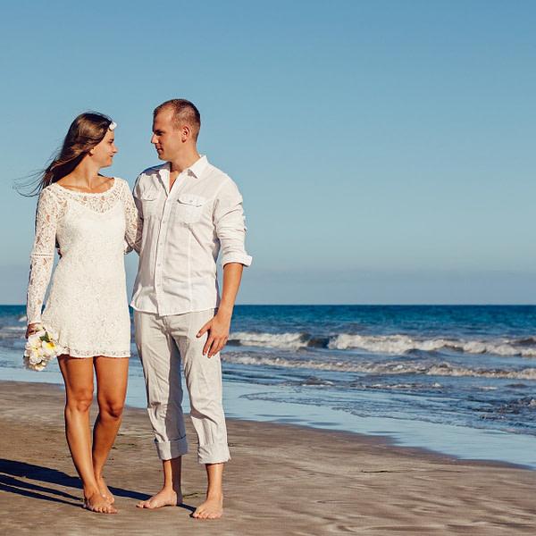 Biloxi Lighthouse Destination Wedding – Click for more Info!